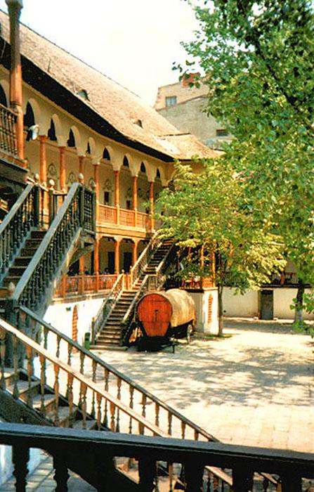 college armenian venice